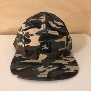 City Hunter camo hat